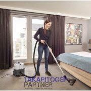 Nilfisk VP300 HEPA Basic szállodai irodai porszívó praktikus tartozéktárolóval